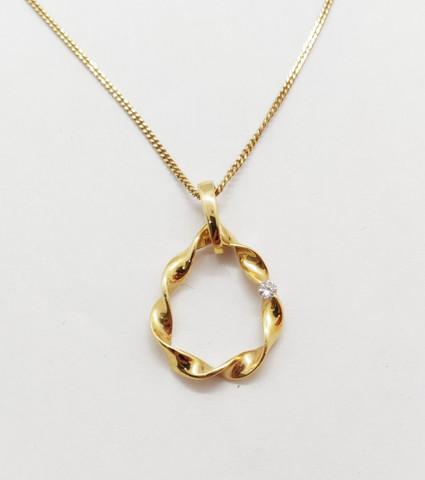 Kultainen timanttiriipus