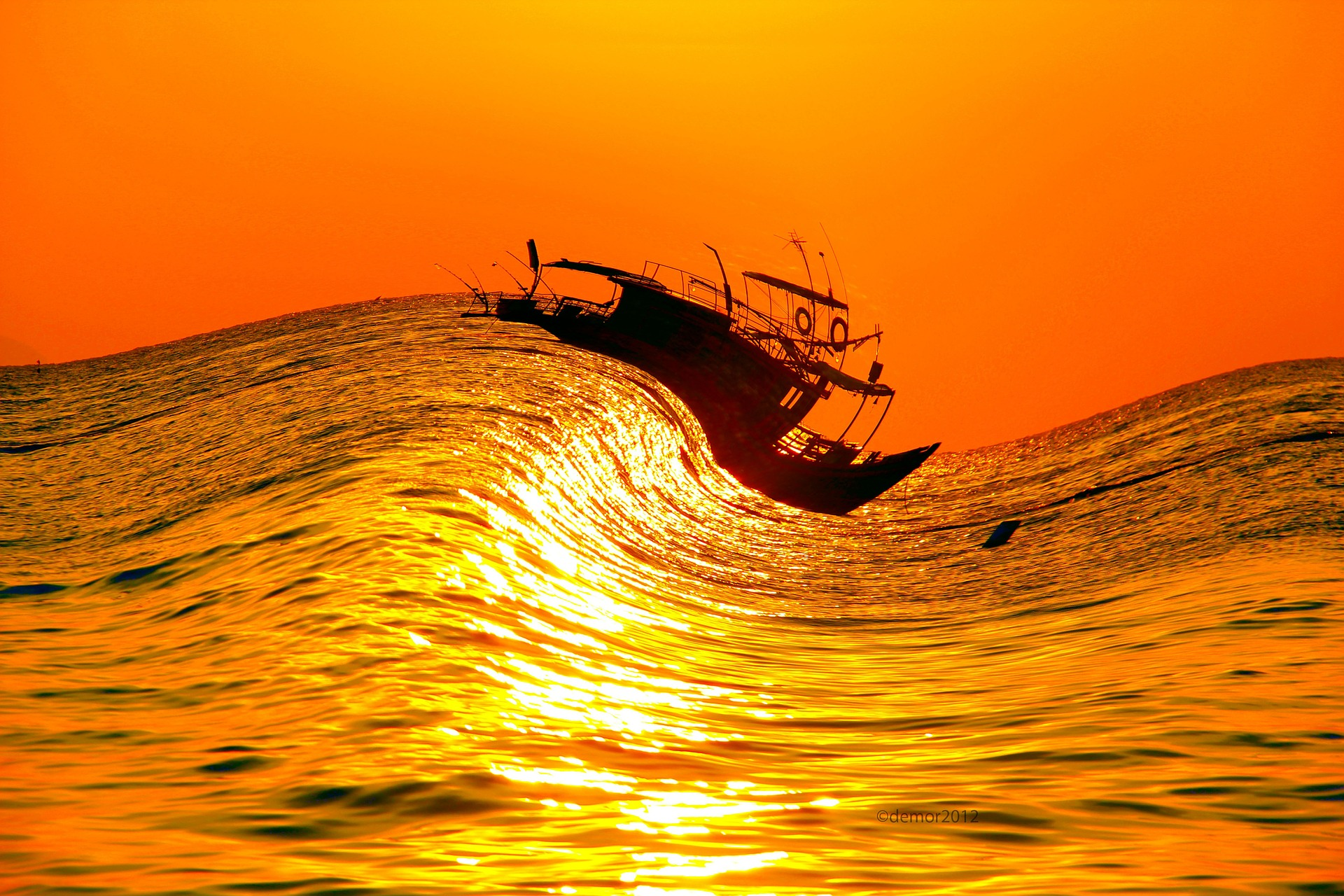 Kuka ohjaa laivaasi? Skorpionista merenkäyntiä, uhrautuva soturikuningas ja aurinkomysteerit