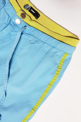 90-2000-luvun housut sivuraidalla, 40
