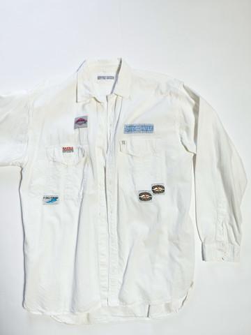 80-90-luvun miesten paita kangasmerkeillä, L-XL