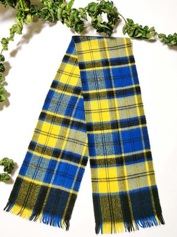 Vintage pehmoinen skottiruudullinen villahuivi