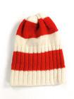 70-luvulla käsin neulottu punavalkoinen villapipo
