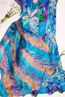 90-luvun silkkihuivi sateenkaaren väreissä