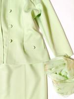 Kotimainen pistaasinvihreä kotelomekko ja jakku