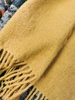Kamelin ruskea huivi huovutettua villaa