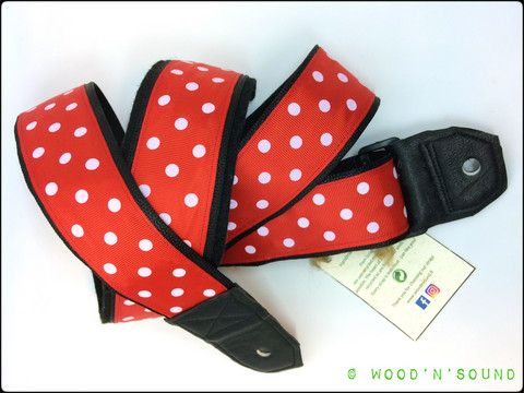 UUSI Kitarahihna wood'n'sound Polka Dudette Red