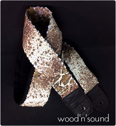UUSI Kitarahihna wood'n'sound Individually Twisted