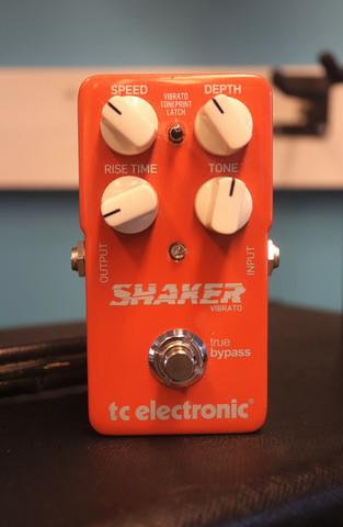 TC Electronic Shaker Vibrato (käytetty)