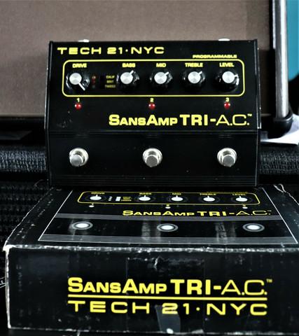Tech 21 SansAmp Tri-AC Overdrive  (used)