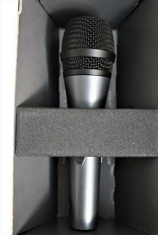 Sennheiser E835 mikrofoni (käytetty)