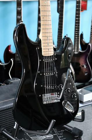 Fender Lite Ash Stratocaster (used)