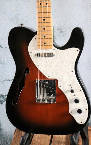 Fender '69 Telecaster Thinline (käytetty)