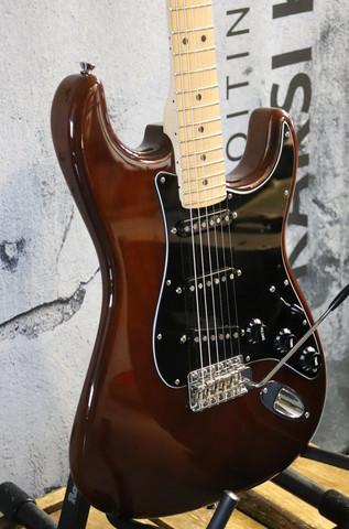 Fender American Special Stratocaster 2017 (käytetty)