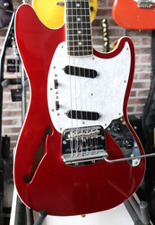 Fender Mustang Thinline limited MG69 (käytetty)