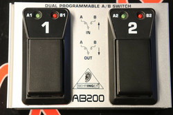 Behringer AB200 Dual A/B Switch (käytetty)
