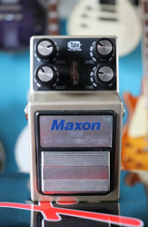 Maxon TRUE TUBE BOOSTER-OVERDRIVE TB-09 (käytetty)