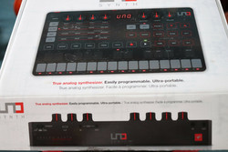IK Multimedia Uno Synth (used)