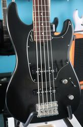 Godin Shifter Classic 5 basso+gig bag (käytetty)