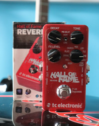 TC ELECTRONIC HALL OF FAME REVERB (käytetty)