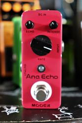 MOOER Ana Echo analoginen delay (käytetty)