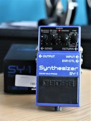 Boss SY-1  (used)