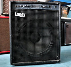 Laney HCM-160B bassocombo (käytetty)