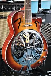 Fender FR-50CE elektroakustinen Resonator (käytetty)