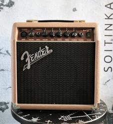 Fender Acoustasonic 15 (käytetty)