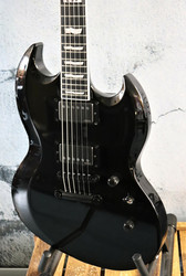 ESP E-II Viper Black (käytetty)