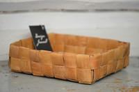 Suorapunontainen iso koppa 2 (7x7 nauhaa)