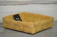 Suorapunontainen iso koppa 3 (7x7 nauhaa)