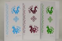 Kirjolinnut - Taitettu kortti - tummanpunainen