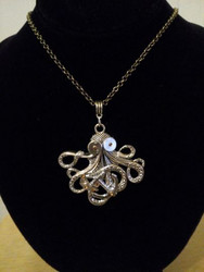 Giant octopus necklace