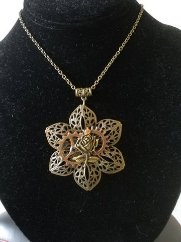 Flowery Steampunk Necklace