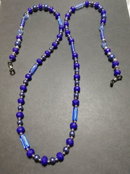 Blue chain for glasses