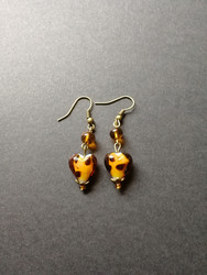 Heart brown earrings with dots