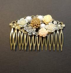 Vintage flower hair comb