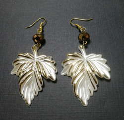 Leaf earrings with bronze beads