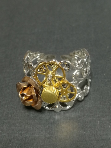 Steampunk ring Rose and gear