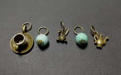 Assorted hair jewelry