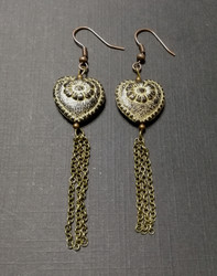 Antique heart earrings with chain