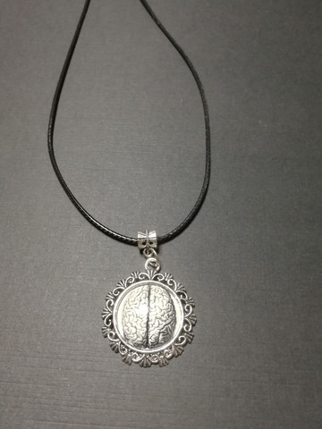 Extra brains necklace