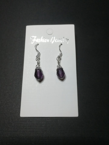 Violetit korvakorut