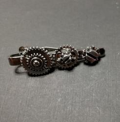 Solmioneula steampunk hopeanväriset rattaat