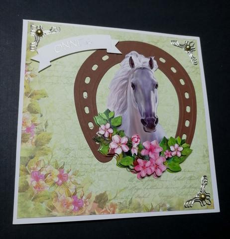 Käsintehty kortti hevonen ja kenkä