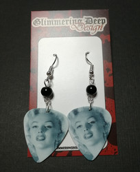 Marilyn Guitar Pick earrings 3
