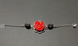 Bracelet with rose and skulls