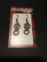 Gear earrings with hearts