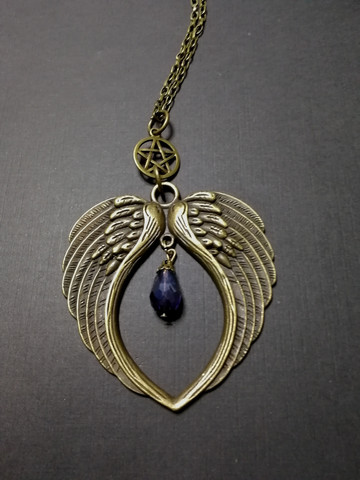 Wings Necklace with pentagram