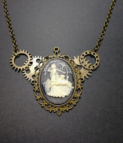 Lady in the woods necklace